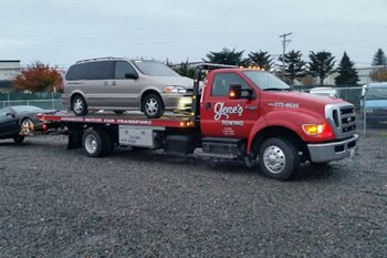 Commercial Tow Truck Puyallup